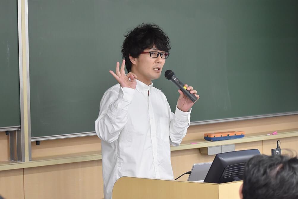 コーポレート本部長 藤田